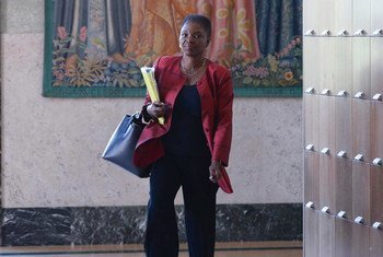 Under-Secretary-General for Humanitarian Affairs Valerie Amos arrives for a news conference in Geneva.