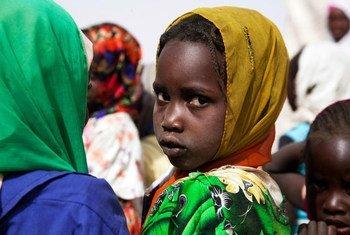 Des enfants au Darfour, au Soudan. Photo MINUAD/Albert Gonzalez Farran