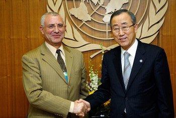 Le Secrétaire général Ban Ki-moon avec Saïd Djinnit.