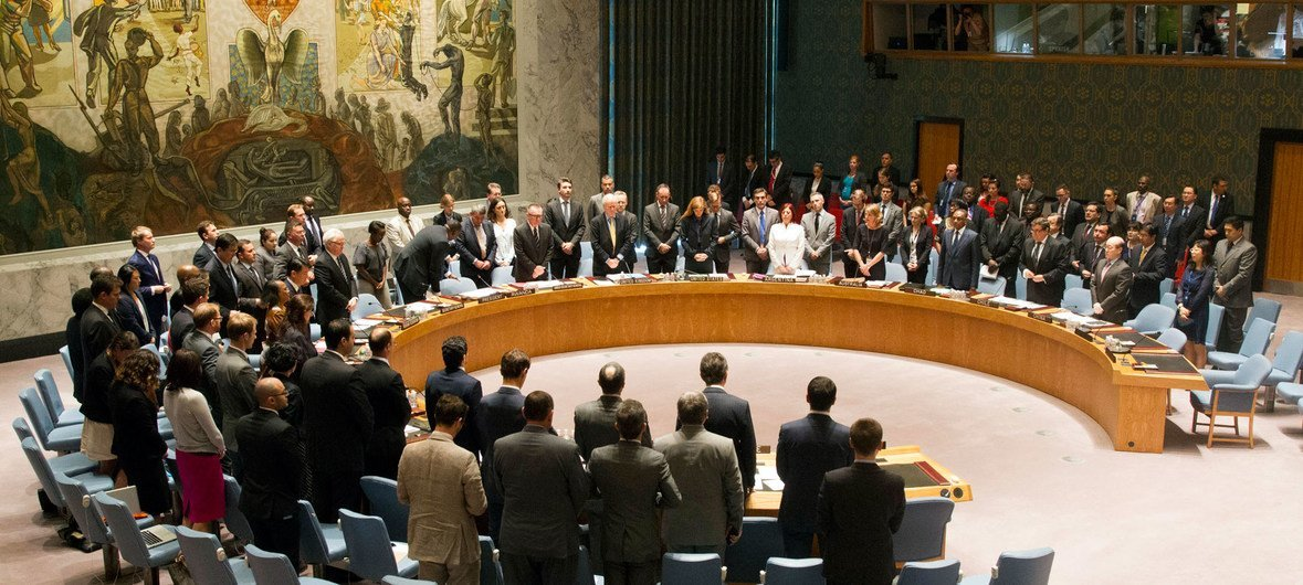 The UN Security Council holds a moment of silence in honour of the victims of crashed flight MH17. 18 July 2014.