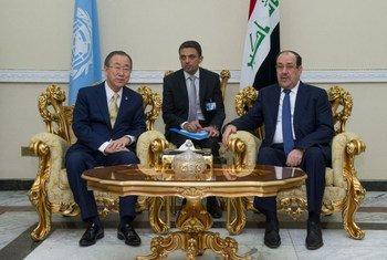 Le Secrétaire général Ban Ki-moon avec le Premier ministre de la République d'Iraq, Nouri al-Maliki en juillet 2014.