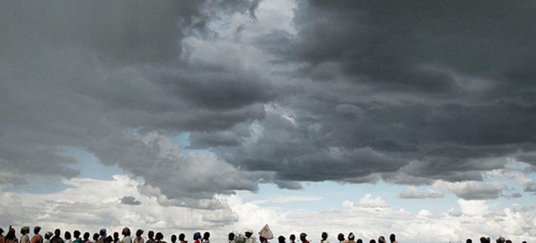 File d'attente pour une distribution alimentaire de l'ONU à Malakal dans l'État du Haut-Nil au Soudan du Sud.