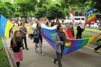 摩尔多瓦同性恋大游行。联合国人权高专办资料图片/Joseph Smida