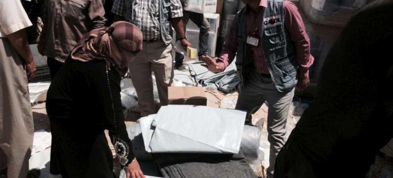 ACNUR distribuye ayuda en la provincia de Dahuk, Kudistan  Foto. ACNUR//E. Colt