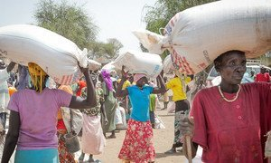 Food distribution at refugee site in Upper Nile State, South Sudan.