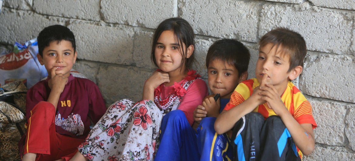 Iraqi refugee children who fled from Tal Afar and found shelter in schools, mosques and unfinished buildings in the area of Sinjar, in Ninawa governorate.