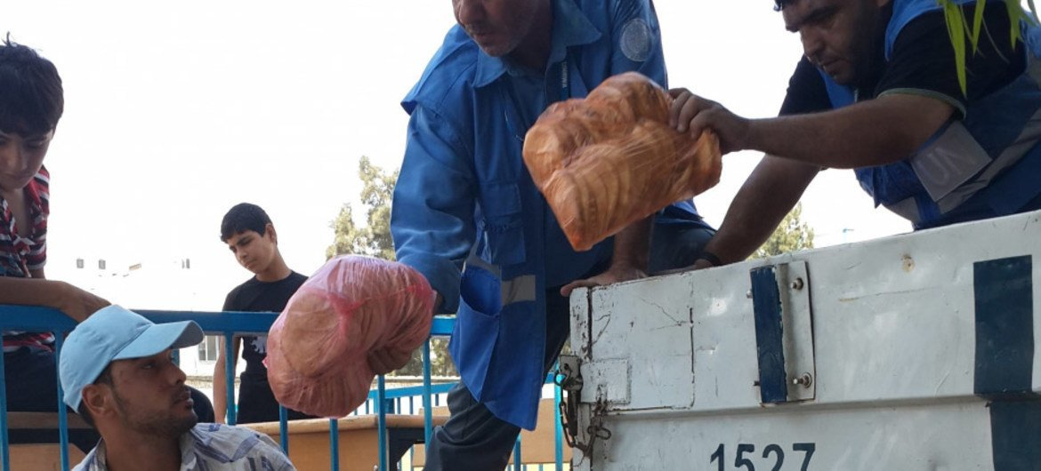 WFP steps up food distribution to conflict-affected people in Gaza.