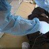 Paciente de ébola en Sierra Leona recibe tratamiento   Foto: PNUD