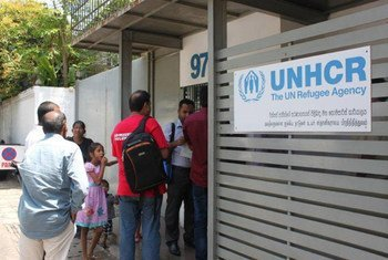 During the months of July and August 2014, UNHCR provided supermarket vouchers through a special one-time assistance programme to the most vulnerable asylum-seekers in Sri Lanka.
