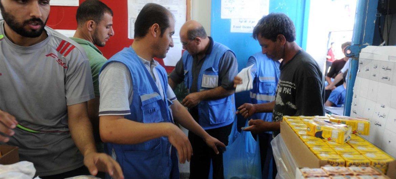 Distribución de ayuda en Gaza por parte del OOPS