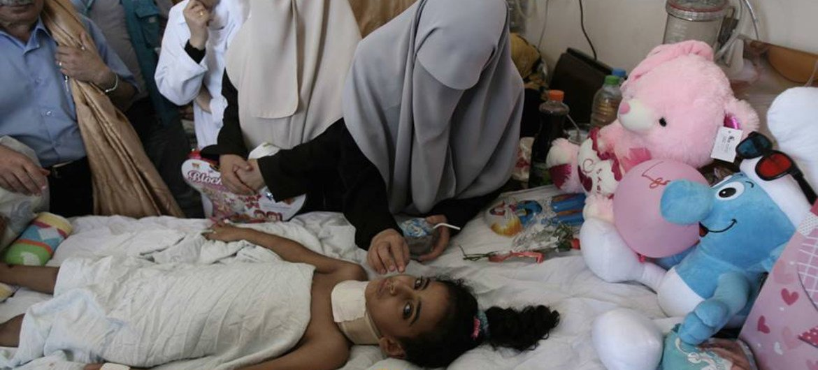 Seven-year-old Maha, who is paralyzed down the neck following an airstrike in Gaza, was allowed to leave Gaza on 20 August 2014 and is on her way to a hospital in Turkey to seek adequate treatment.