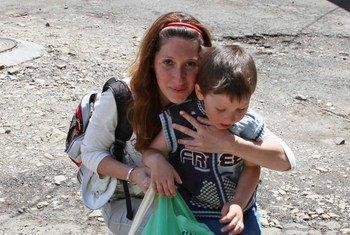 Des personnes déplacées dans l'est de l'Ukraine.
