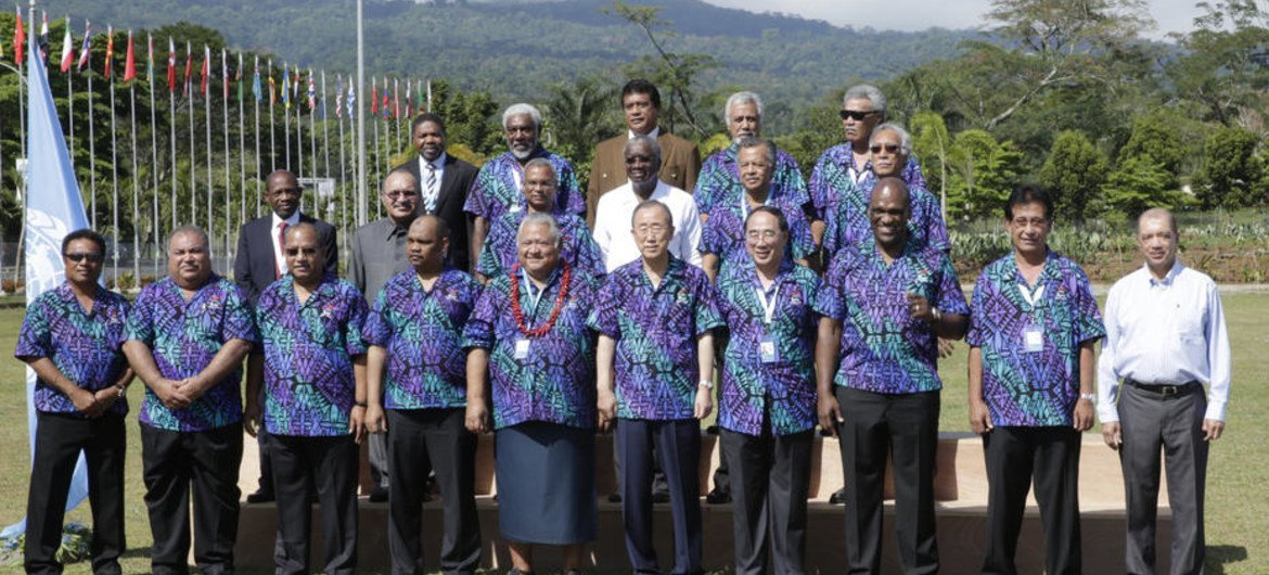 Family Photo of the Third International Conference on Small Island Developing States.