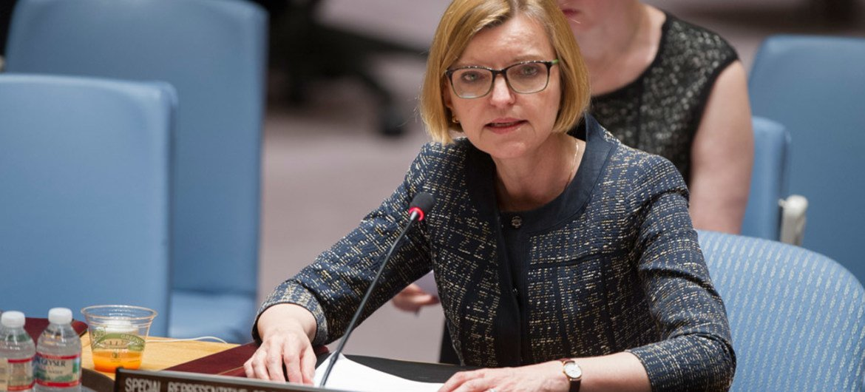 Special Representative Karin Landgren briefs the Security Council on the spread of Ebola in Liberia.