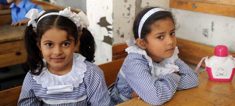 Des écolières à Gaza lors de la rentrée des classes. Photo UNRWA Archives/Shareef Sarhan