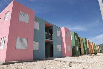 Un ensemble de logements d'ONU Habitat à Port-au-Prince, Haiti.