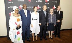 Pictured from left to right: UN Women Executive Director Phumzile Mlambo-Ngucka; President of UN General Assembly Sam Kahamba Kutesa; UN Women Goodwill Ambassador Emma Watson; UN Secretary-General Ban Ki-moon; Madam Yoo (Ban) Soon-taek; and actor Kiefer Sutherland.