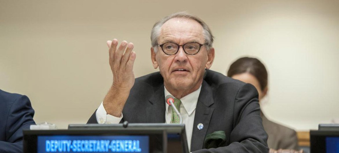 Deputy Secretary-General Jan Eliasson addresses the High-Level briefing by African Regional Economic Communities to Member States of the United Nations.