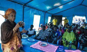 Special Representative Zainab Bangura (left) meeting with internally displaced people at protection of civilians site at UNMISS base in Juba, South Sudan.
