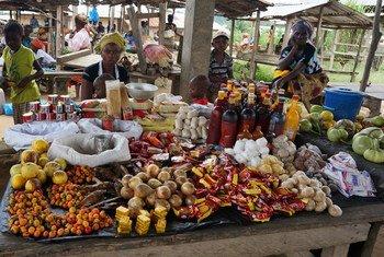 Un marché à Kolahun dans le comté de Lofa au Libéria, qui est très affecté par Ebola.