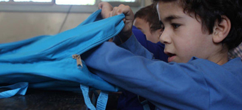 Photo: UNICEF/NYHQ2014-1741/Rashidi