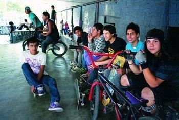 El PNUD colabora con las autoridades de educación de México en una campaña para los jóvenes. Foto de archivo:  UNFPA/Ricardo Ramirez Arriola