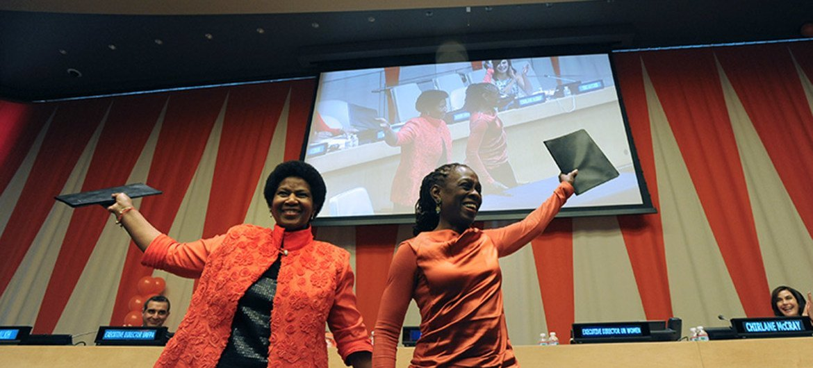 UN Women Executive Director Phumzile Mlambo-Ngcuka (left) and Chirlane McCray, New York City's First Lady, after signing an agreement to work together in order to enhance the safety and empowerment of women and girls.