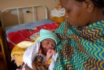 Mjini Lilongwe nchini Malawi, mama na mwana ni furaha iliyoje lakin mustakhbali wa mtoto huyu unategemea maziwa ya mama.