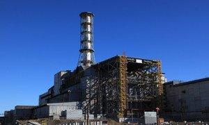 Le réacteur endommagé durant un accident à Tchernobyl en 1986 (décembre 2014).