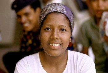 Una mujer joven en Colombia.