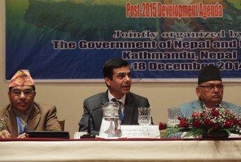 Under Secretary-General Gyan Chandra Acharya (center) at the Nepal Ministerial Meeting.