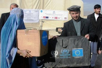 UNHCR and its partners in Afghanistan begin distribution of cold-weather supplies to some of the most vulnerable in the south-eastern Paktya province.