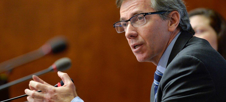 El representante especial de la ONU para Libia, Bernardino León