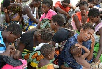 Avec leurs maisons inondées, des familles ont trouvé refuge dans une école dans le district de Chikwawa, au Malawi. Photo PAM/Dannie Phiri