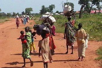 Des civils soudanais ayant fui les montagnes Nouba, au Soudan, arrivent à Yida, au Soudan du Sud. Photo : HCR/S. KuirChok