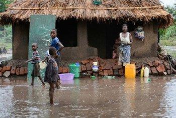 马拉维暴发洪水。联合国开发计划署图片/Arjan van de Merwe