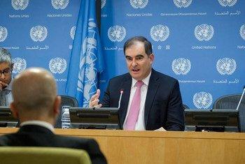 联合国人道协调厅救援行动负责人约翰•京在纽约总部举行记者会。联合国图片/Loey Felipe