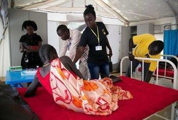 Un patient pris en charge dans une clinique de santé sur un site de protection des civils au Soudan du Sud.