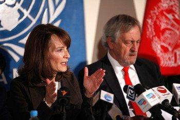 UNAMA Human Rights Director, Georgette Gagnon (left), and Special Representative Nicholas Haysom.