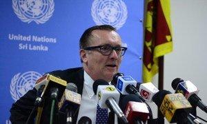 Under-Secretary-General for Political Affairs, Jeffrey Feltman, briefs the press in Sri Lanka.