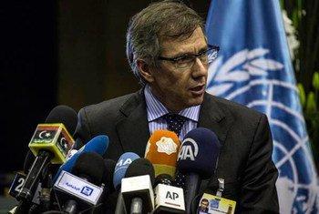 Bernardino León en coferencia de prensa en Marruecos. Foto de archivo: UNSMIL