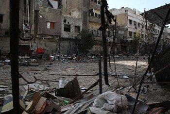 اللاجئون الفلسطينيون الذين يعيشون في مناطق الصراع النشطة في سوريا مثل اليرموك وخان الشيح ومحيط درعا، يواجهون صعوبات قاسية