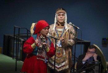 第14届联合国土著论坛开幕式上土著人代表。  联合国资料图片/Loey Felipe