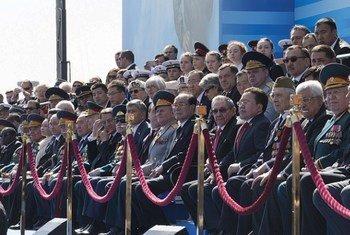 Le Secrétaire général Ban Ki-moon à Moscou pour la commémoration du 70ème anniversaire de la fin de la Seconde Guerre mondiale. Photo ONU/Eskinder Debebe