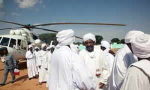 In August 2013, UNAMID provided logistical support by transporting representatives of Rezeigat and Ma'alia tribes to Al Tawisha, North Darfur, to participate in the signing of an agreement to cease hostilities in East Darfur.