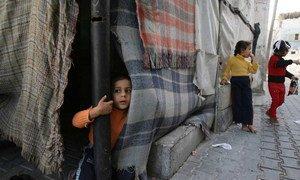 أطفال في مخيم للاجئين في خان يونس وغزة. من صور:اليونيسف دولة فلسطين / إياد البابا