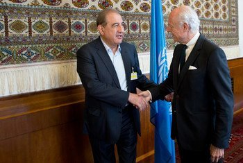 Special Envoy for Syria Staffan de Mistura (right) meets with Jameel Qadri of the Syrian Popular Front for Change and Liberation.