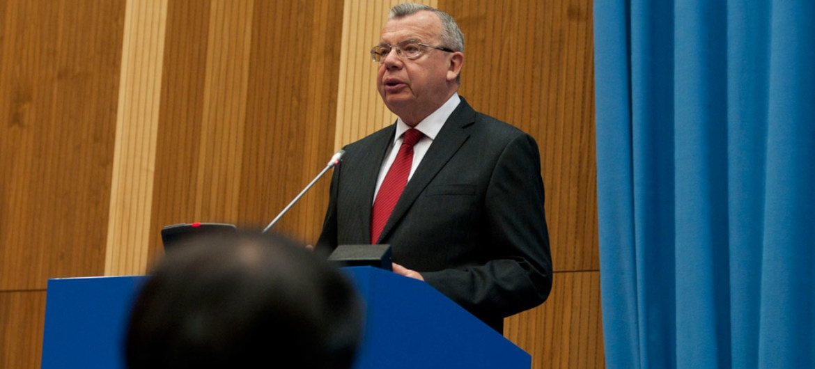 Executive Director of the UN Office on Drugs and Crime (UNODC) Yury Fedotov addresses the 24th Session of the Commission on Crime Prevention and Criminal Justice.