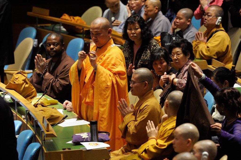 Kiongozi wa Budha katika tukio maalum la maadhimisho ya Vesak Mei 2011.