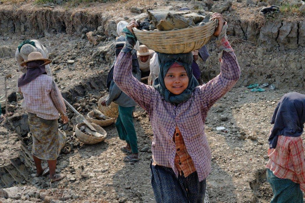 عمالة الأطفال في ميانمارالصورة: منظمة العمل الدولية/مارسل كروزت